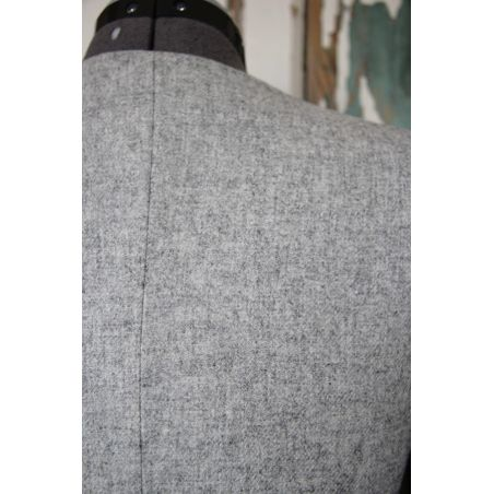 Two pieces gray pencil skirt suit